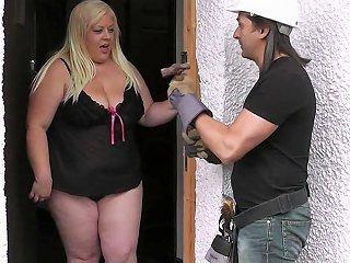 Bbw Pickup Busty Blonde Bbw Sucks And Rides Strangers Cock Porn Videos